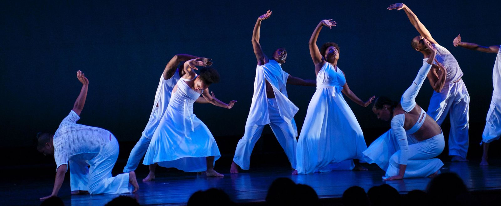 Ronald K. Brown/EVIDENCE, A Dance Company, by Sally Cohn courtesy of The Yard